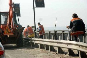 Работы на мосту
